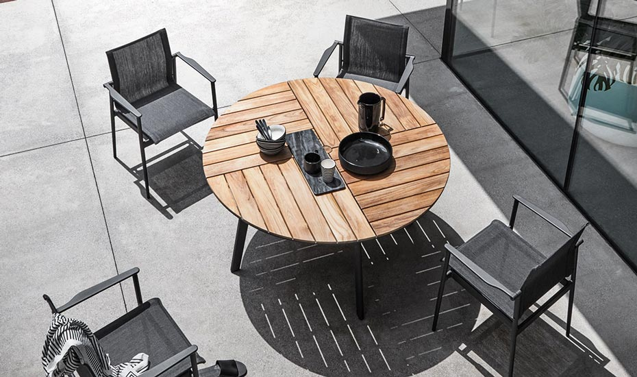 gloster-outdoor-dining